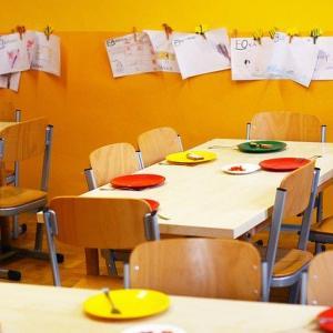 コロナ流行の中、3歳の娘を幼稚園に行かせるかどうかを考えた