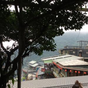 春の台湾滞在記-第2日目 鉄道&暴走バスで行く九份の茶藝館でまったりお茶タイム
