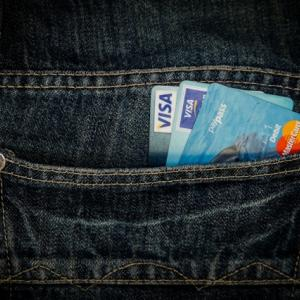 【ポイントサイト活用術】クレジットカードの作り過ぎには要注意!ランナーは節度を持って