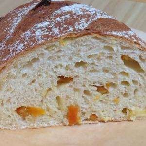 清見オレンジ(ドライフルーツ)入りのパン~暑い季節におすすめ~