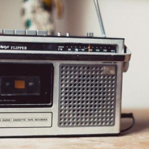 radiko(ラジコ)でラジオを聴いて脳活