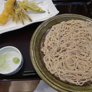 泉区泉中央・十割そば会で「天ぷらそば」//普通盛りは小食向き。大盛りにすれば良かった!