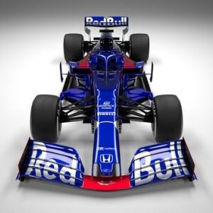 待望の2019年F1マシン トロ・ロッソ・ホンダSTR14。