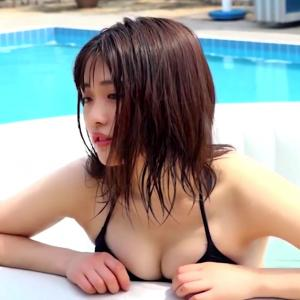 Japanese sexy and cute woman 石田桃香グラビア