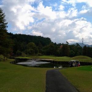 秋の行楽シーズンもやっぱりゴルフ