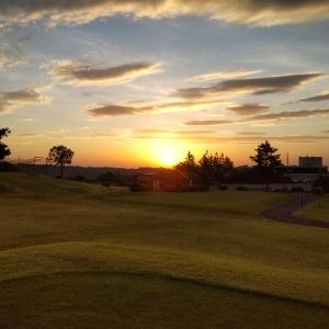 早寝、早起き、早朝ゴルフ
