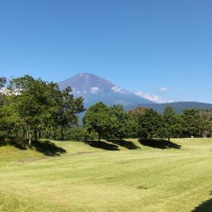 富士の杜でアプローチショットの修正です
