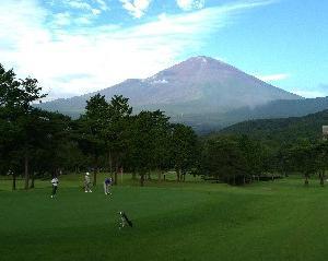 富士の杜でワンラウンドハーフ!