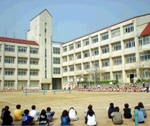 神戸市の東須磨小学校でパワハラ!先生による先生のいじめ事件!