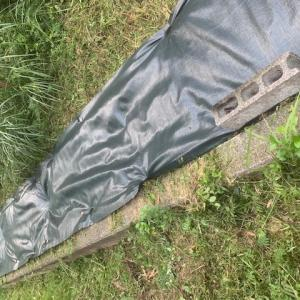 防草シートで雑草の暴走を防ぐ!