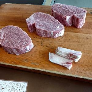 秋葉原の肉の万世ビル売却でザワつく 営業継続するも上層階の復活は…