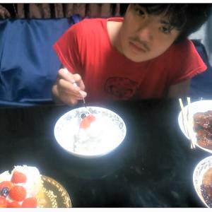 エテの誕生日ケーキとお礼