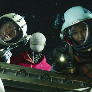 『スペース・スウィーパーズ』宇宙なのに下町感じる韓国SF映画:ネタバレなし感想