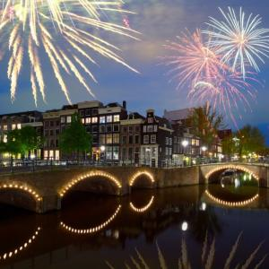 オランダは絶対に年末は花火禁止な! 破ったら犯罪履歴つけるから