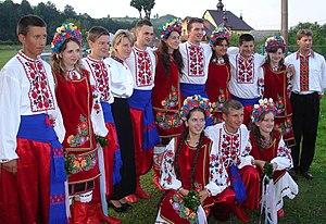 【ウクライナ】民族衣装を着る日!