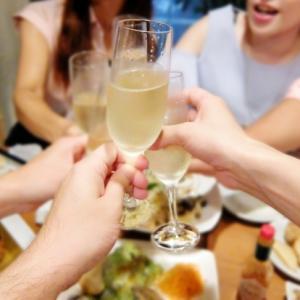 ダイエット中にお酒を飲みに行くなんて!痩せるためにはお酒NG?