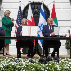 進む中東合意 UAEとバーレーンがイスラエルと国交正常化署名