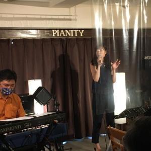 7月18日(土)の午後は、LiLi(vo)さんのライブでした!
