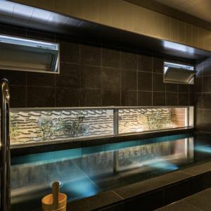 【 博多駅周辺で天然温泉に入れる!? 】おすすめ スーパーホテル Lohas 博多駅 筑紫口天然温泉