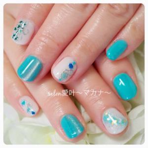 ☆モデルさんネイル☆ 〜爽やかブルー&ホワイト〜