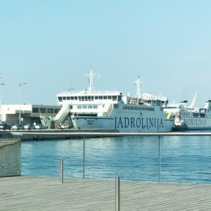 クロアチア:ブラチ島へフェリーで移動する時の注意
