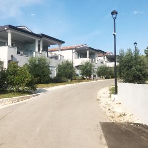 クロアチア:ブラチ島のリゾート最高でした。