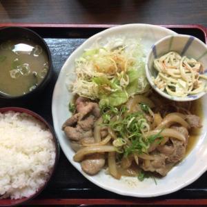 夜は立呑み、昼は魅力的な定食屋。新梅田食堂街うめや