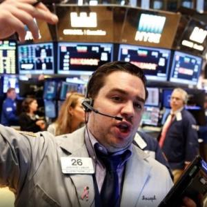 4月以降はますます市場は混迷を極めそうです・・・・どう対処すべきか