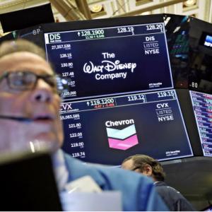 いよいよ企業決算が本格的になってきました・・・・株価の追い風になるか
