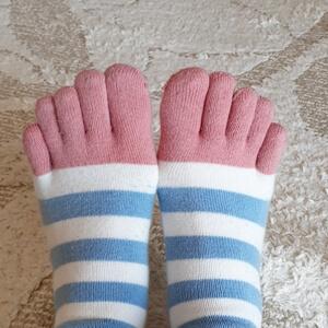 大人かわいい五本指ソックス!長めで柔らかい足首は冷え性さんにおすすめです