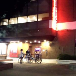 【横須賀基地】Club Alliance(同盟)内のハンバーガーショップで本物のネイビー・バーガーを堪能
