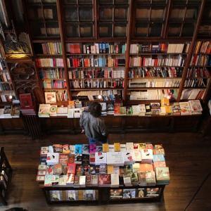 学生におすすめのビジネス書7冊を紹介【年間700冊の読書家が厳選】
