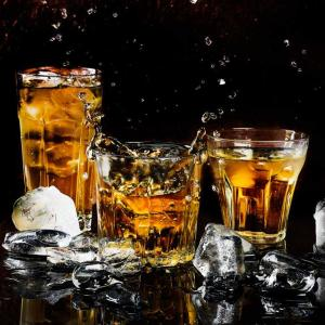 ウイスキーの水割りなら太らない?