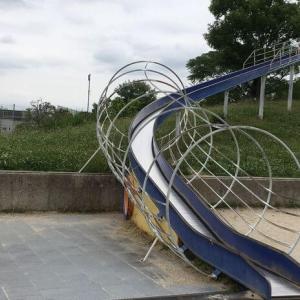 【大阪】水無瀬川緑地公園はローラー滑り台や赤ちゃん専用スペースが魅力♪駐車場は要注意!