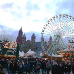 2010年 オランダ・マーストリヒト クリスマス・マーケット準備