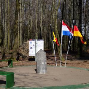 2010年 オランダ・Drielandenpunt