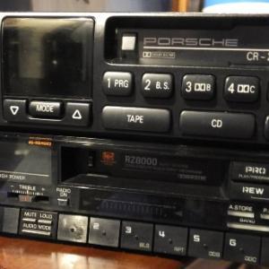 ポルシェ930ターボのカセットデッキ・・・