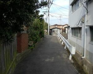 大阪のシェアハウスは水道、光熱費込みで月2.5万円の個室だった