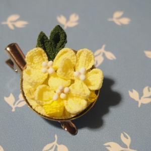 つまみ細工 菜の花のブローチ&クリップ