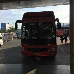ダナンからダラットへバスで移動中、バスに置いて行かれる。は遠かった