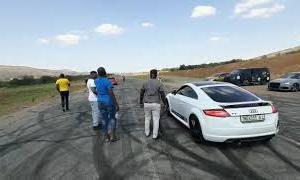 Audi TT vs polo gti