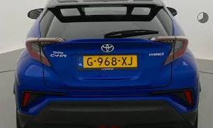 Toyota C-HR 1.8 Hybrid Style Ultimate | Nieuw | Bi-Tone | LED