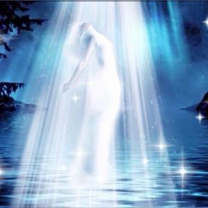 甘える事と媚びる事の違い。愛され女神は媚びないで甘えて、男性をナイトにする