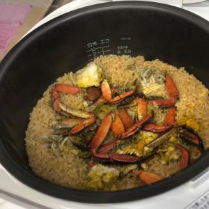 モクズガニでつくる蟹ごし汁と炊き込みご飯のワークショップ