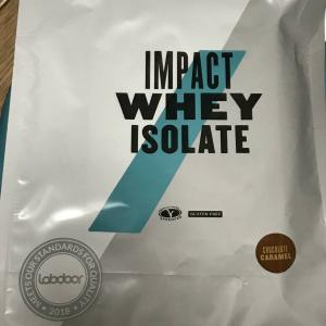 あんまぁ〜いキャラメル味!マイプロテイン Impact ホエイプロテイン アイソレート チョコレートキャラメル【レビュー】