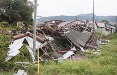 いまだに「非常災害対策本部会議」も開いていない。ようやく被災者支援に予備費を計上したが、金額はたったの13億2000万円。
