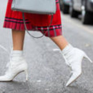 今季、ブーツは白が人気のよう♡