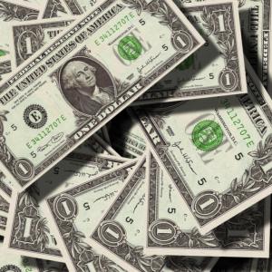 平均的な上場企業社員が年利5%で運用した結果 ww 2000万円いくか?