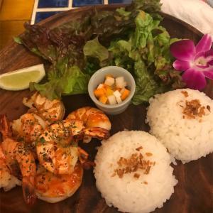 町田住宅街にある大人気のハワイアンレストラン「オルオル・アイナ」