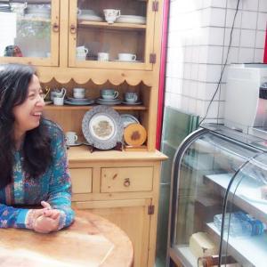 【素敵な女性】直撃インタビュー!四ツ谷アマルフィーの飯田希亜来さん